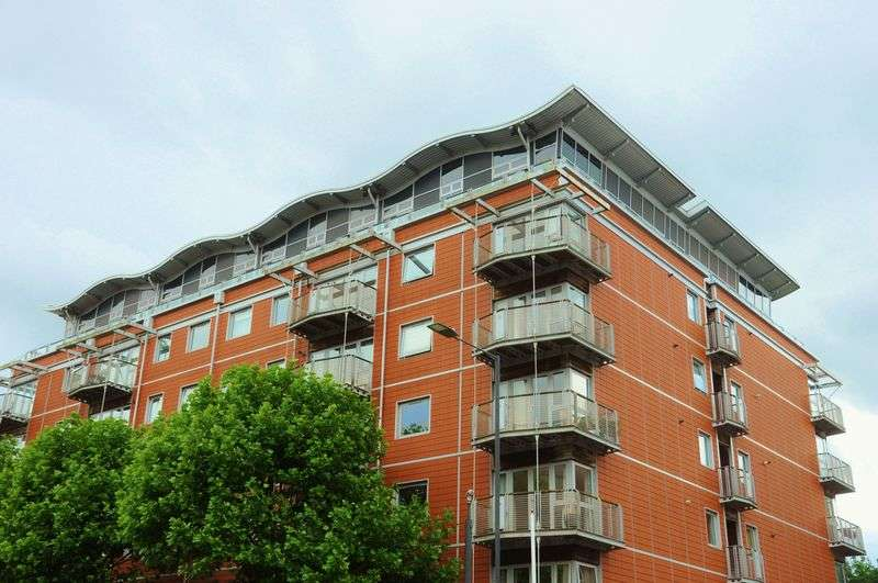 2 Bedrooms Flat for sale in The Panoramic, Park Row, BS8