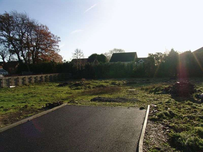 Land Commercial for sale in PLOT FOR SALE - Davey Close, Louth