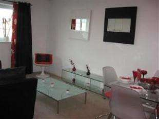 2 Bedrooms Flat for sale in Douglas Court, Douglas Street, Middlesbrough, North Yorkshire