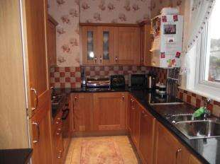 3 Bedrooms Flat for sale in Conway Road, Llandudno Junction, Conwy, LL31
