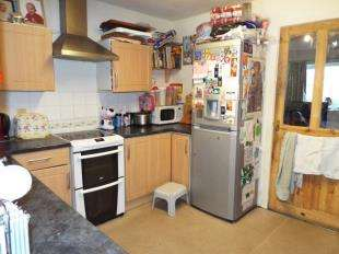 2 Bedrooms Semi Detached House for sale in Crawford Road, Crawford Village, Skelmersdale, Lancashire, WN8