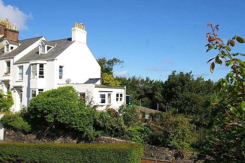 5 Bedrooms Terraced House for sale in St Peter Port