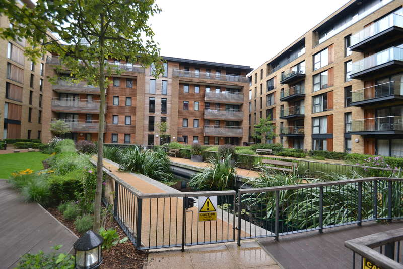 1 Bedroom Flat for sale in Vancouver House, Maple Quays, Surrey Quays