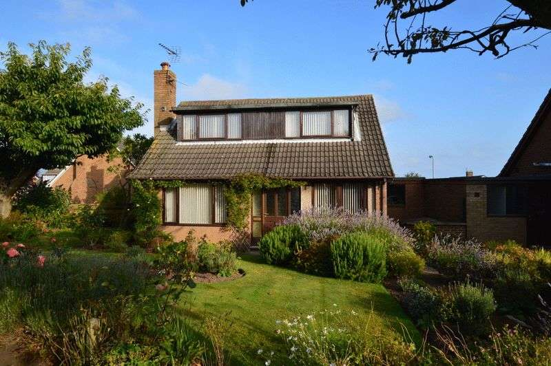 4 Bedrooms House for sale in Ivinson Road, Tweedmouth, Berwick-upon-Tweed