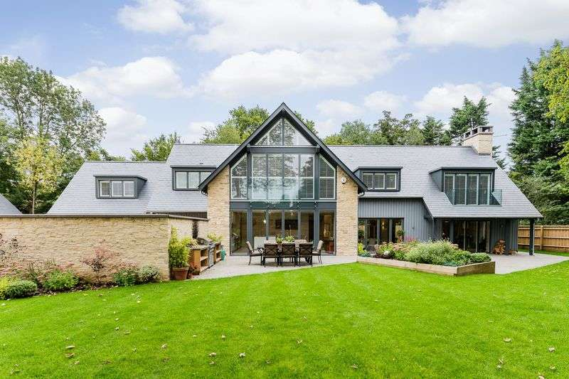 5 Bedrooms Detached House for sale in High Street, Sutton Courtenay