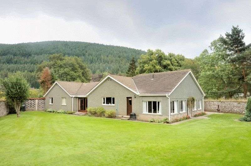 4 Bedrooms Detached Bungalow for sale in The Dykes , Leithen Road, Innerleithen