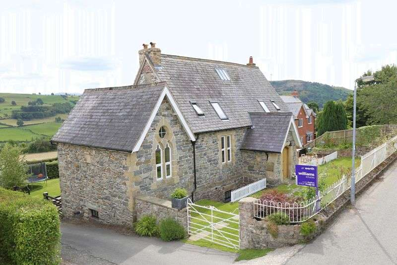 4 Bedrooms Detached House for sale in Derwen, Corwen