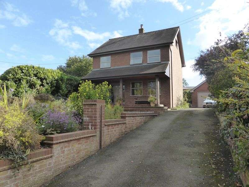 3 Bedrooms Detached House for sale in Longford, Market Drayton