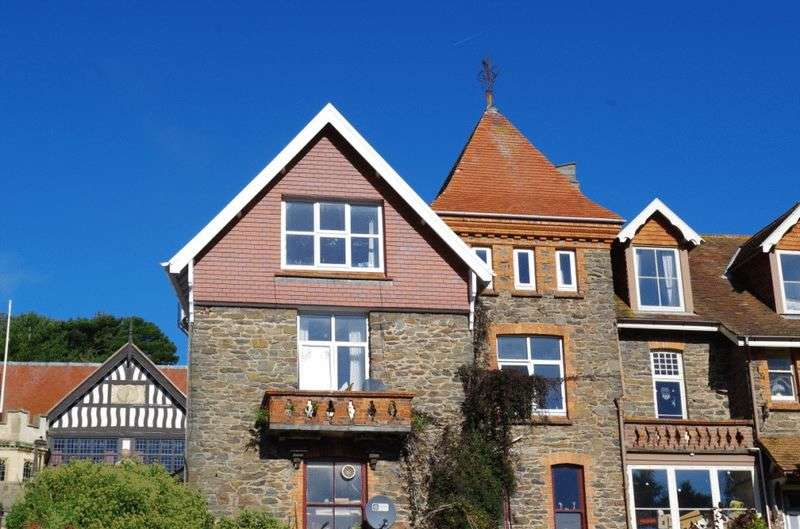 2 Bedrooms Flat for sale in Lee Road, Lynton