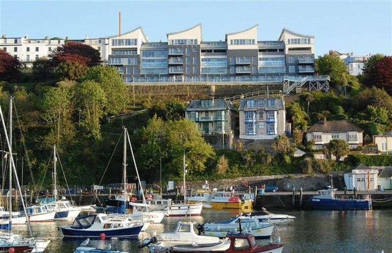 1 Bedroom Flat for sale in Lantern Court, Hillsborough Road, Ilfracombe: Stunning one bed first floor retirement apartment