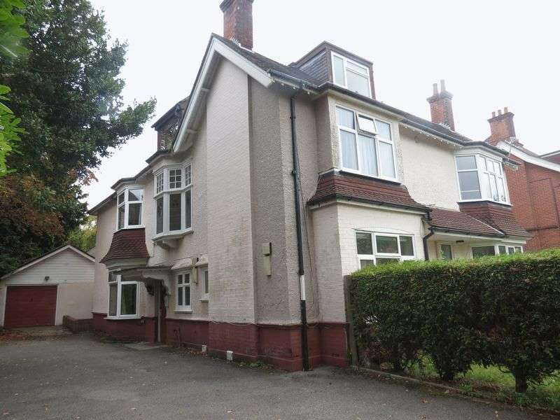 7 Bedrooms Flat for rent in Portchester Road, Bournemouth