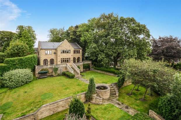 6 Bedrooms Detached House for sale in Fenay Lane, Almondbury, HUDDERSFIELD, West Yorkshire