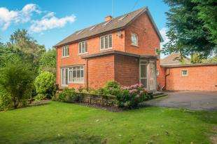 3 Bedrooms Detached House for sale in Wisbech, Cambridgeshire, Tall Timbers