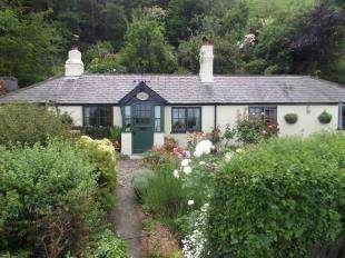 2 Bedrooms Bungalow for sale in Abergwyngregyn, Llanfairfechan, Gwynedd, LL33