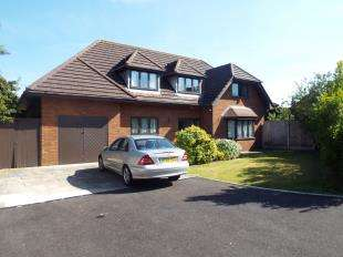 5 Bedrooms Detached House for sale in Clengers Brow, Southport, Merseyside, PR9