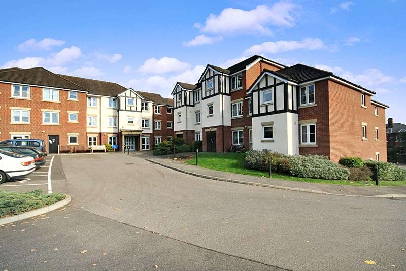 1 Bedroom Retirement Property for sale in Castle Court, Tonbridge, TN9 1QU