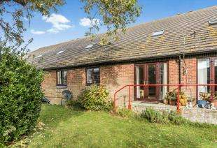 2 Bedrooms Retirement Property for sale in 354 Sea Front, Hayling Island, Hampshire