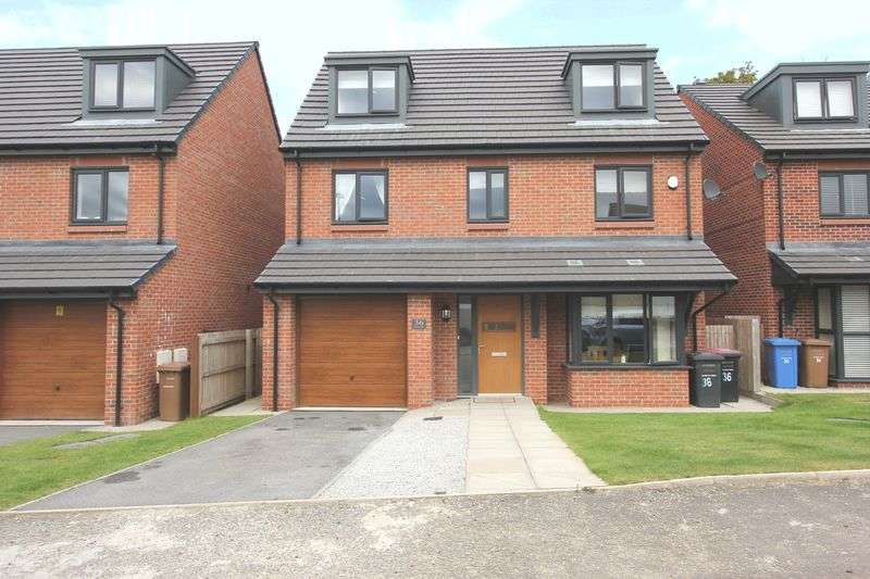 6 Bedrooms Detached House for sale in Greene Way, Salford