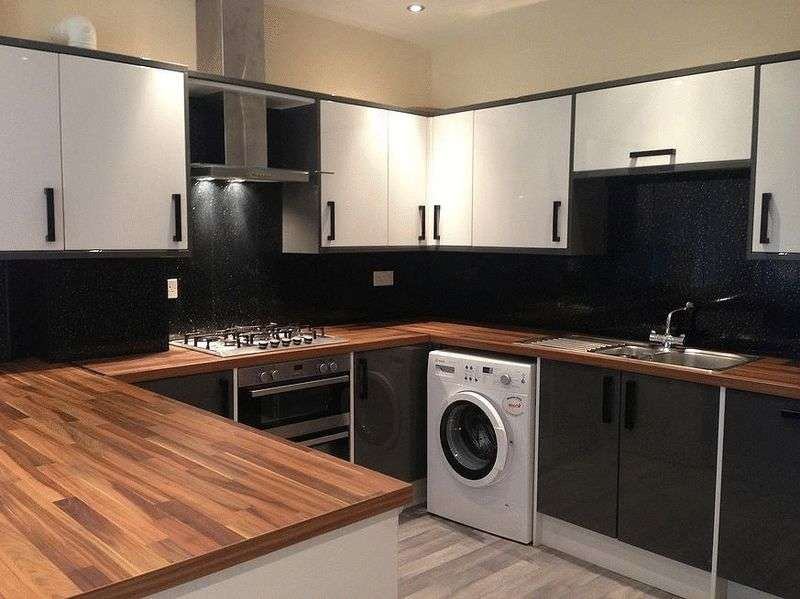 5 Bedrooms Terraced House for rent in 5 Bed 2 shower Rooms
