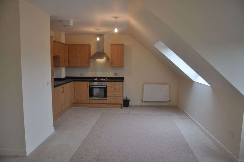 2 Bedrooms Flat for sale in Toll Road, Kincardine