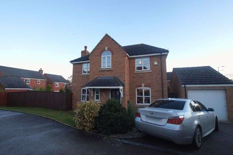 4 Bedrooms Detached House for sale in St. Giles Park, Gwersyllt, Wrexham
