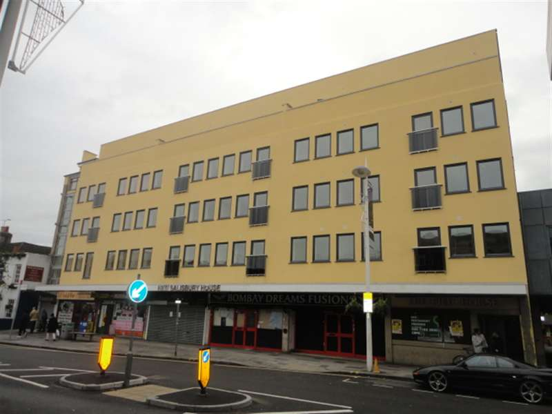 1 Bedroom Flat for sale in High Street, Slough, Berkshire, SL1 1NB