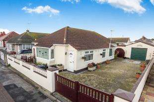 3 Bedrooms House for sale in Sandbank Road, Towyn, Abergele, Conwy, LL22