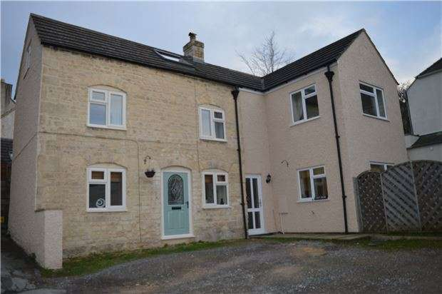 3 Bedrooms Cottage House for sale in Middle Hill, Stroud, Gloucestershire, GL5 1NT