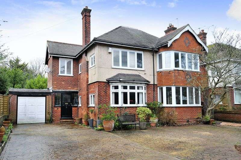 4 Bedrooms Detached House for sale in Grand Avenue, Worthing