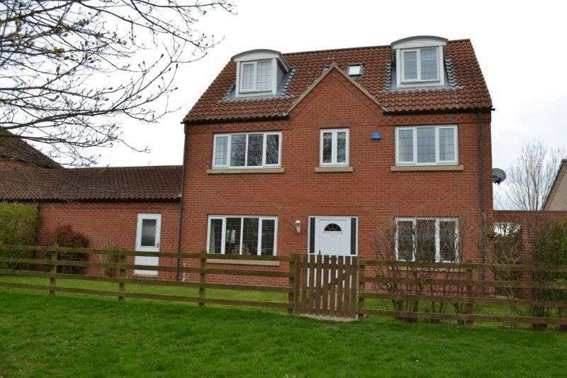 5 Bedrooms Detached House for sale in The Old Moorings, Eastoft