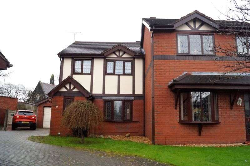 3 Bedrooms Semi Detached House for sale in St James Court, Rhosddu Road, Wrexham