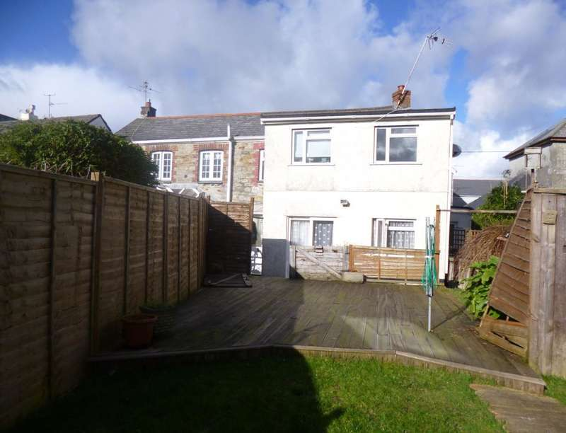 2 Bedrooms Semi Detached House for sale in Brays Place, St Austell, PL25