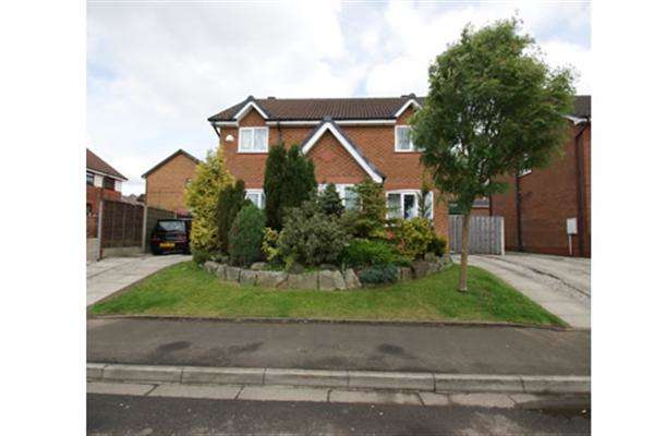 4 Bedrooms Detached House for sale in Higher Fullwood, Oldham