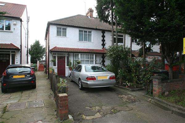 3 Bedrooms Semi Detached House for sale in Watford Way, NW4, Hendon