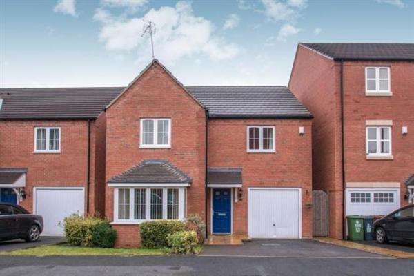 5 Bedrooms Detached House for sale in Ragstone Close, Walsall