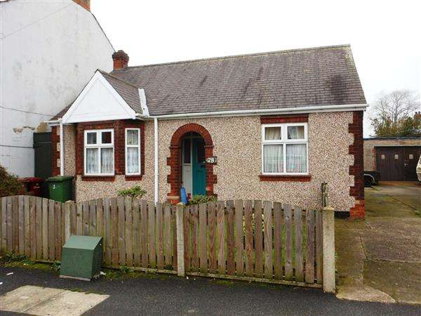 Detached Bungalow for sale in Lindley Street, Scunthorpe