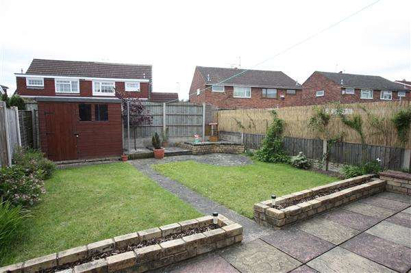 3 Bedrooms Semi Detached House for sale in Humber Road, Great Sutton