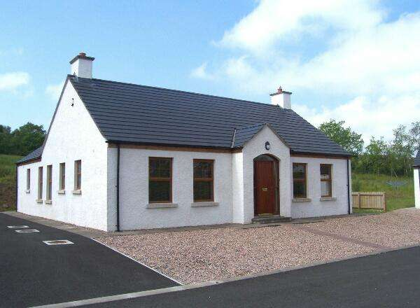 3 Bedrooms Detached House for sale in 2 Woodhill Cottages