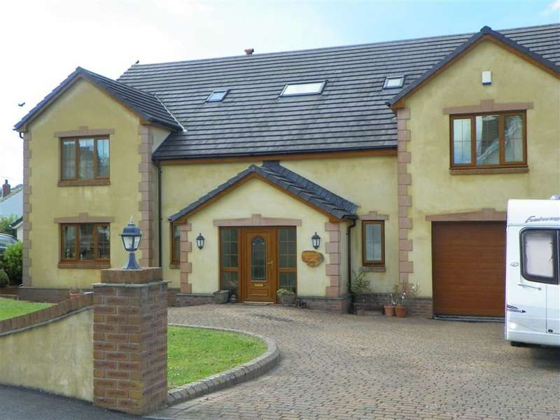 6 Bedrooms Detached House for sale in Clos Yr Afon, Kidwelly