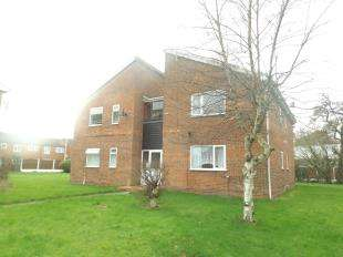 1 Bedroom Flat for sale in Hambleton Close, Widnes, Cheshire, WA8