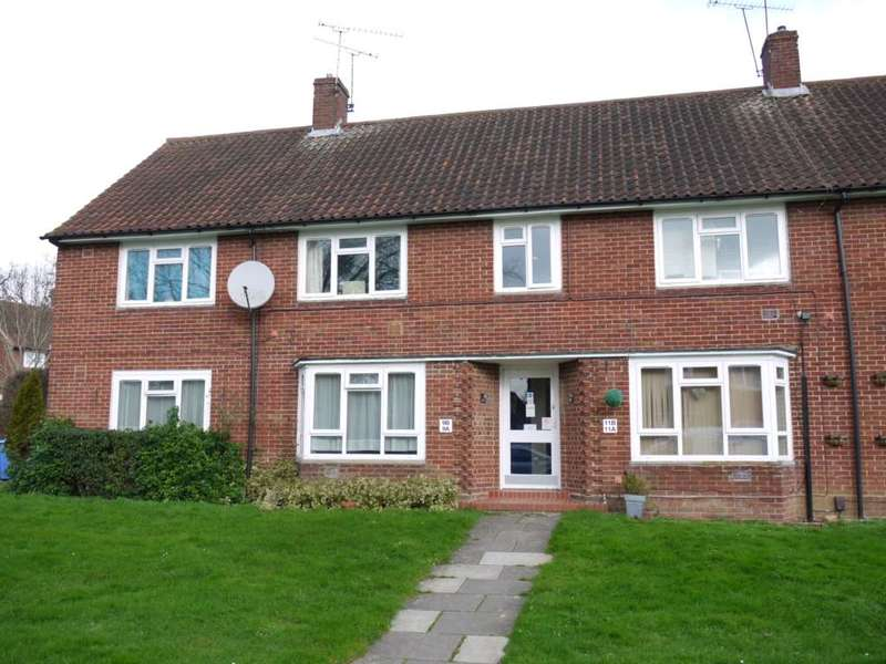 2 Bedrooms Maisonette Flat for sale in Honeyhill Road, Bracknell