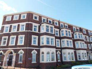 2 Bedrooms Flat for sale in Empress Court, 403 Marine Road East, Morecambe, Lancashire, LA4