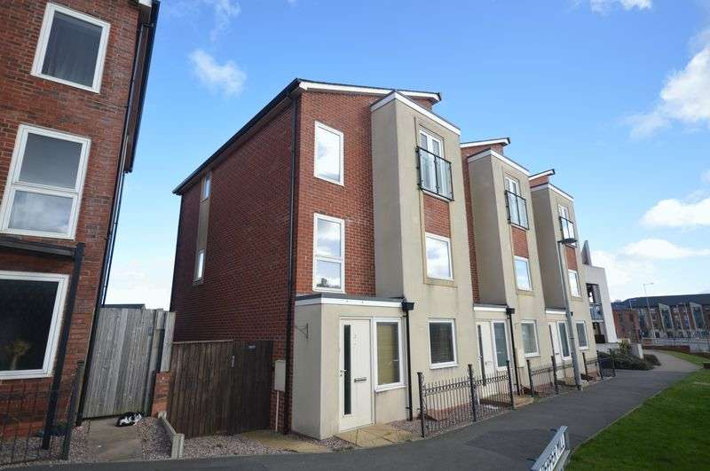 4 Bedrooms Terraced House for sale in Pepper Mill,Lawley, Telford