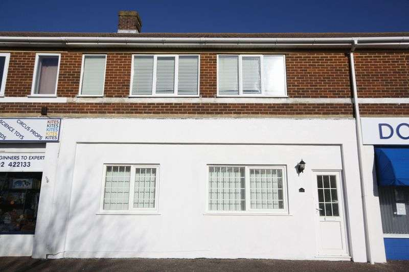2 Bedrooms Flat for sale in Broadway, Bournemouth
