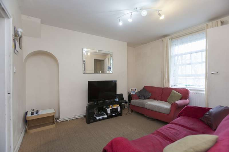 2 Bedrooms Maisonette Flat for sale in Doddington Grove, London, London, SE17