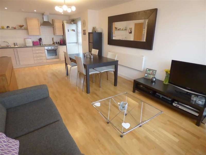 2 Bedrooms Flat for sale in Freshfields, Spindletree Avenue, Manchester, M9