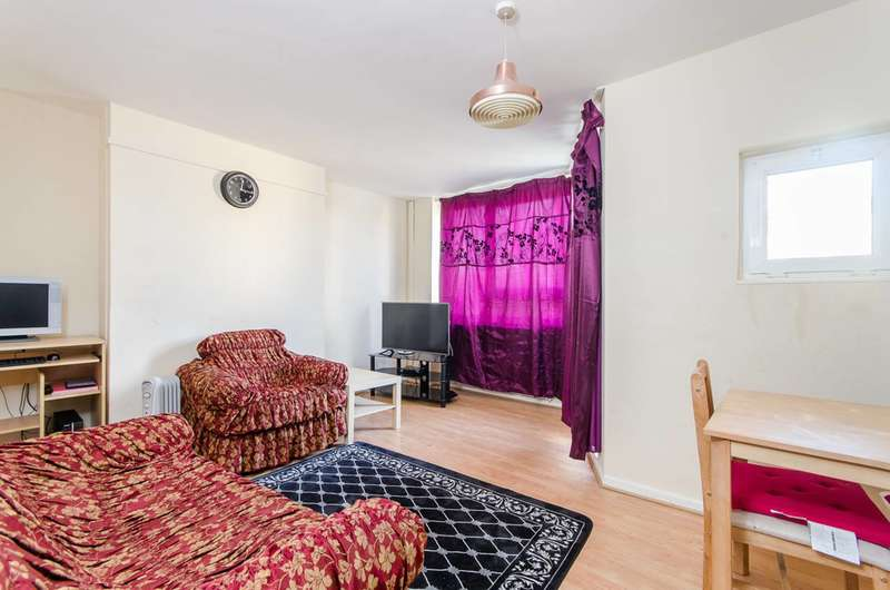 3 Bedrooms Maisonette Flat for sale in Crownstone Road, Brixton Hill, SW2