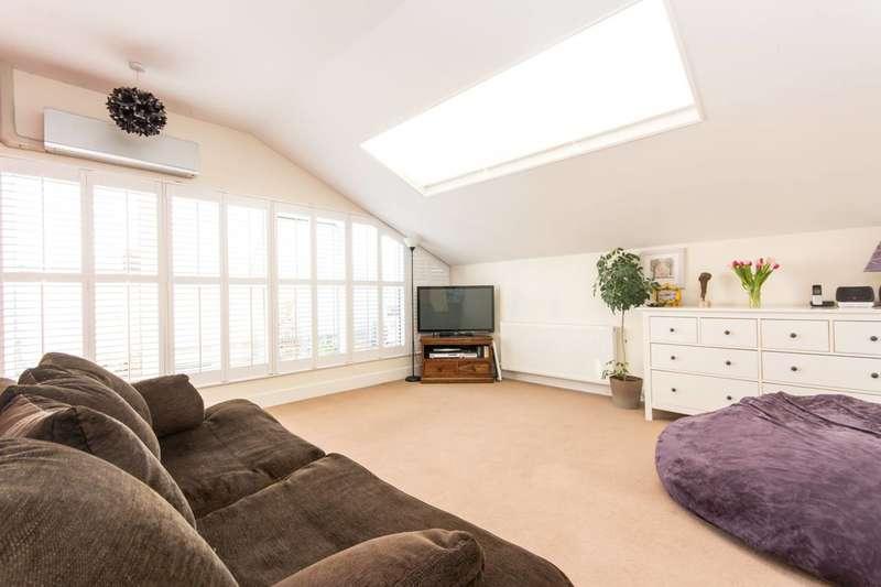 3 Bedrooms Flat for sale in Belvedere Hall, Queen's Park, NW6