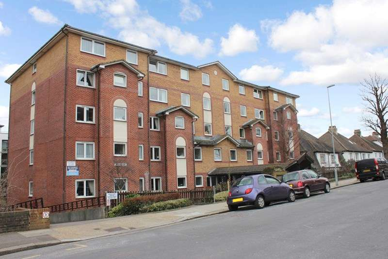 2 Bedrooms Retirement Property for sale in Amber Court, Hove, BN3 1LU