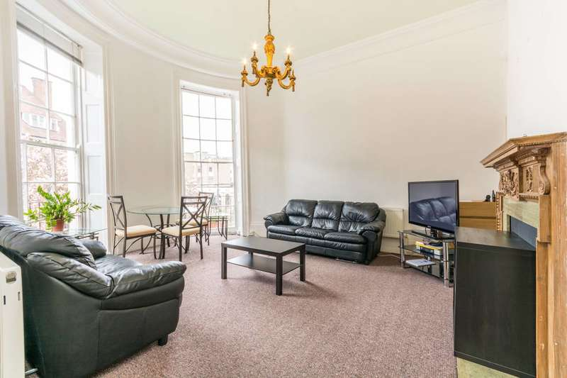 2 Bedrooms Flat for sale in Park Road, Regent's Park, NW1
